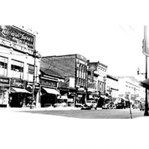 565 Main Street History